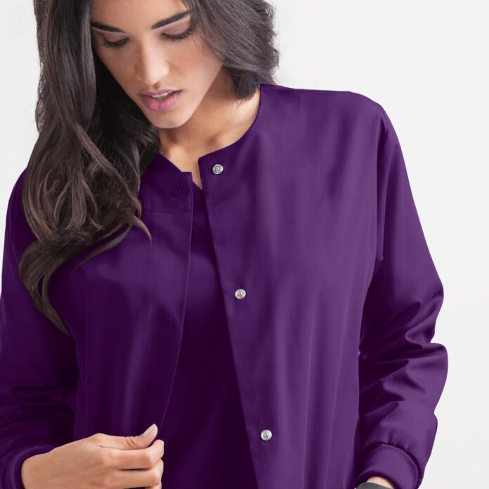 The Best Medical Scrubs for Expecting Women