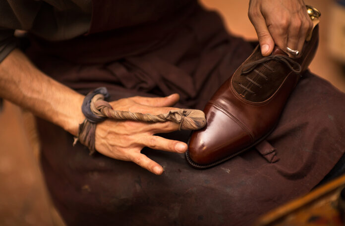 How to Find Shoe Care Supplier in the United States