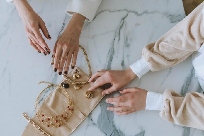 Top 5 Reasons Why Jewelry is the Perfect Gift