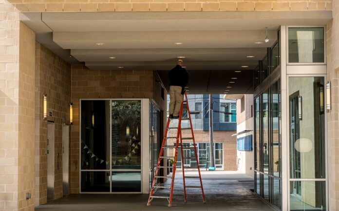 7 Ways To Optimize Commercial Building Performance